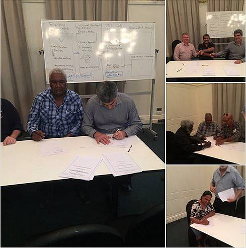 land-council-signing